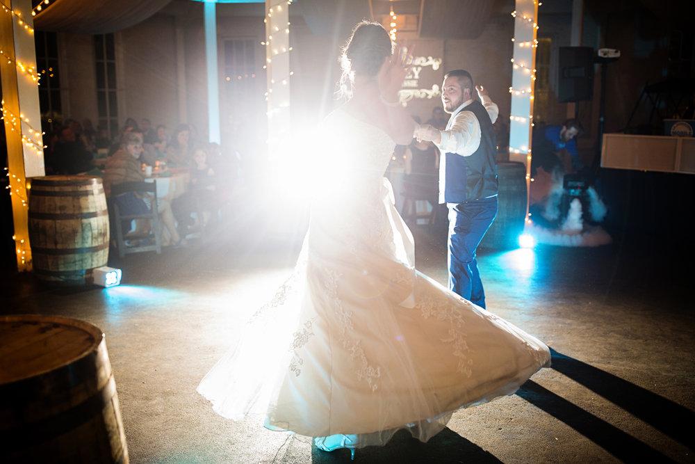 Seriously_Sabrina_Photography_Lexington_Kentucky_21c_Round_Barn_Red_Mile_Wedding_Gorley_111.jpg