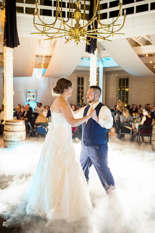 Seriously_Sabrina_Photography_Lexington_Kentucky_21c_Round_Barn_Red_Mile_Wedding_Gorley_113.jpg