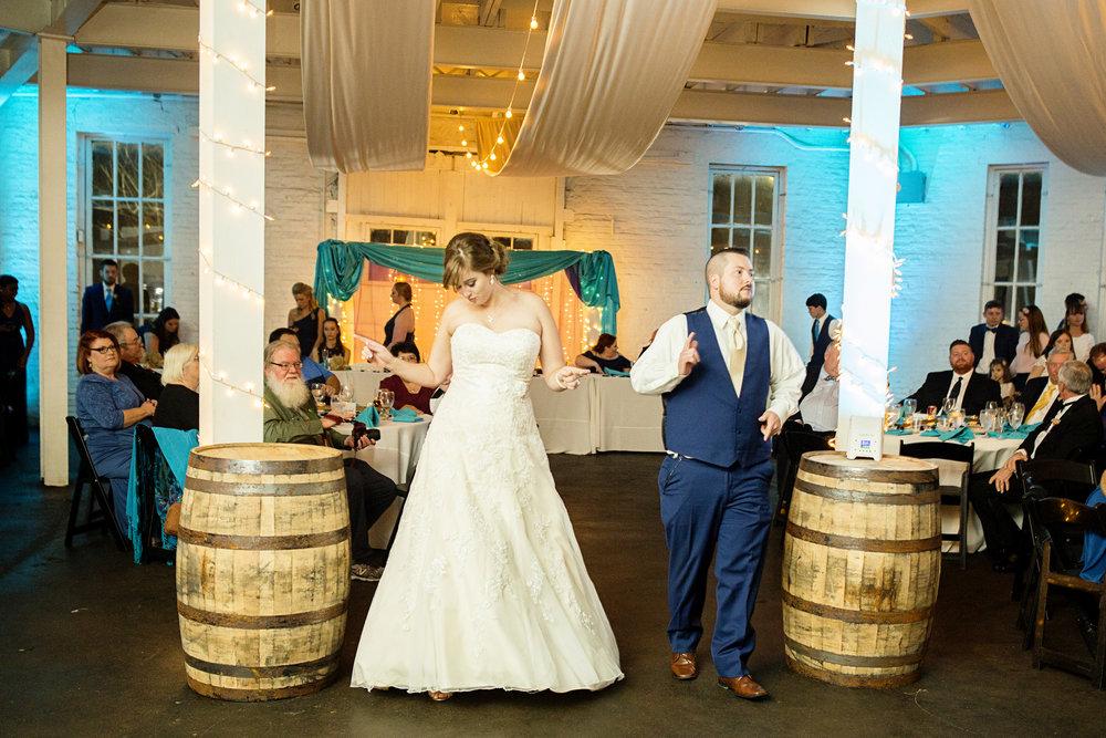 Seriously_Sabrina_Photography_Lexington_Kentucky_21c_Round_Barn_Red_Mile_Wedding_Gorley_122.jpg
