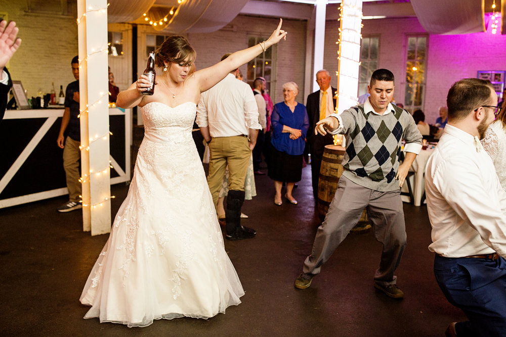 Seriously_Sabrina_Photography_Lexington_Kentucky_21c_Round_Barn_Red_Mile_Wedding_Gorley_135.jpg