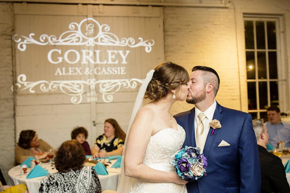 Seriously_Sabrina_Photography_Lexington_Kentucky_21c_Round_Barn_Red_Mile_Wedding_Gorley_140.jpg