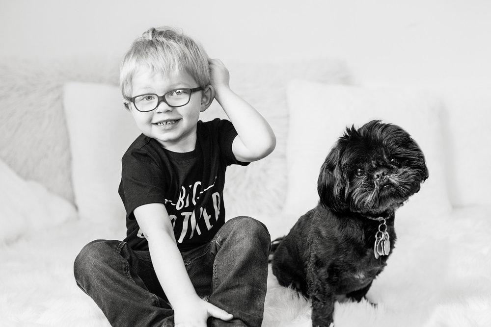 Seriously_Sabrina_Photography_Lexington_Kentucky_Studio_Family_Newborn_Portraits_Wood_3.jpg