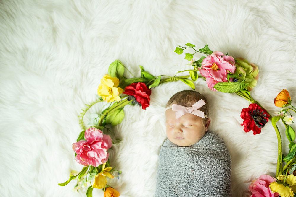 Seriously_Sabrina_Photography_Lexington_Kentucky_Studio_Family_Newborn_Portraits_Wood_8.jpg