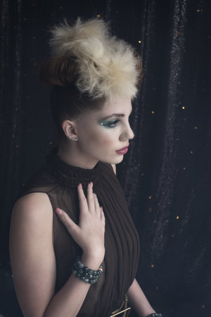 Hair: Mallory Zenner Photography: Brandi Grooms Makeup: Jan Murphy