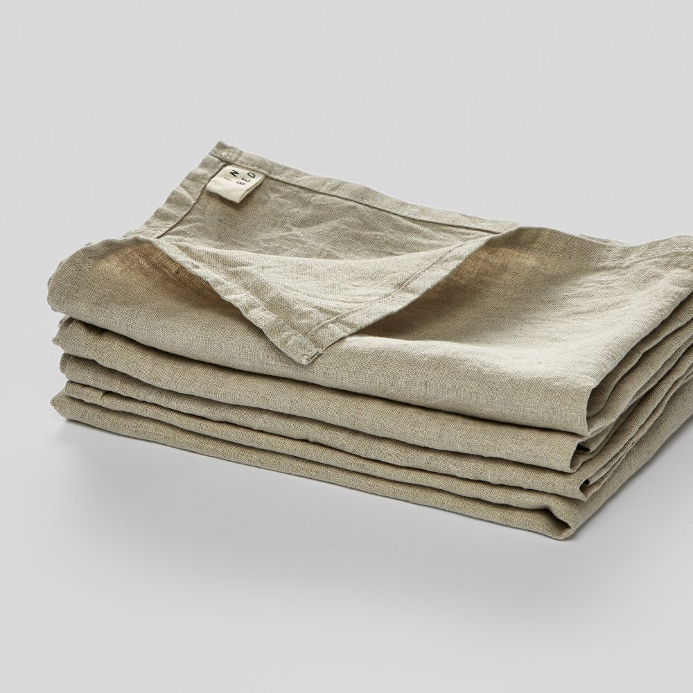 - in bed storeLinen napkin set