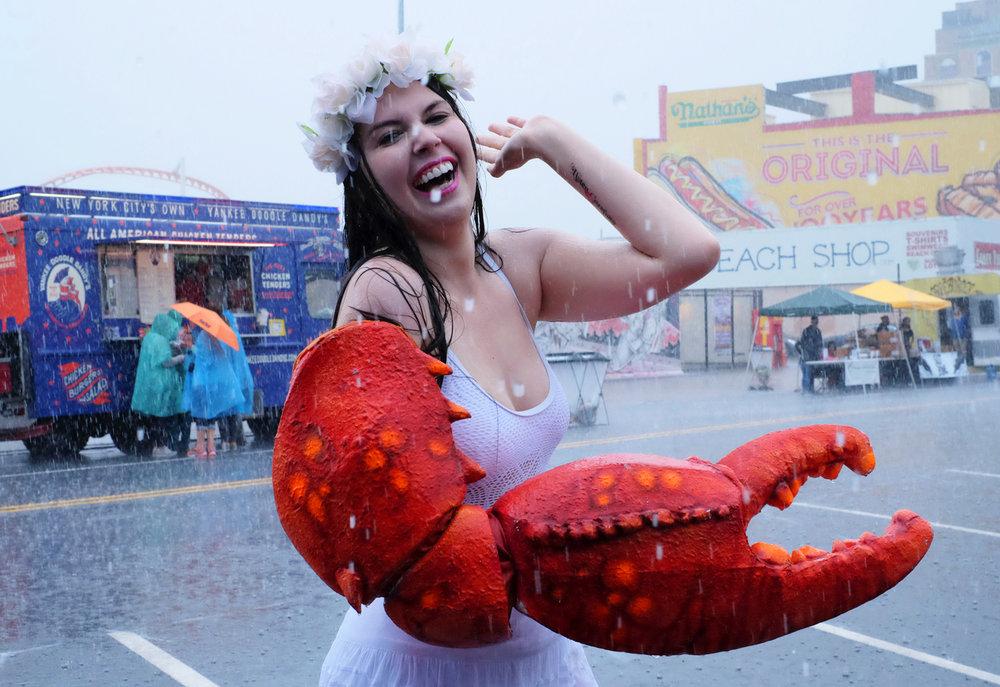 olivia_ramirez_photography-coney_island_mermaid_parade-lobsterlaugh.jpg