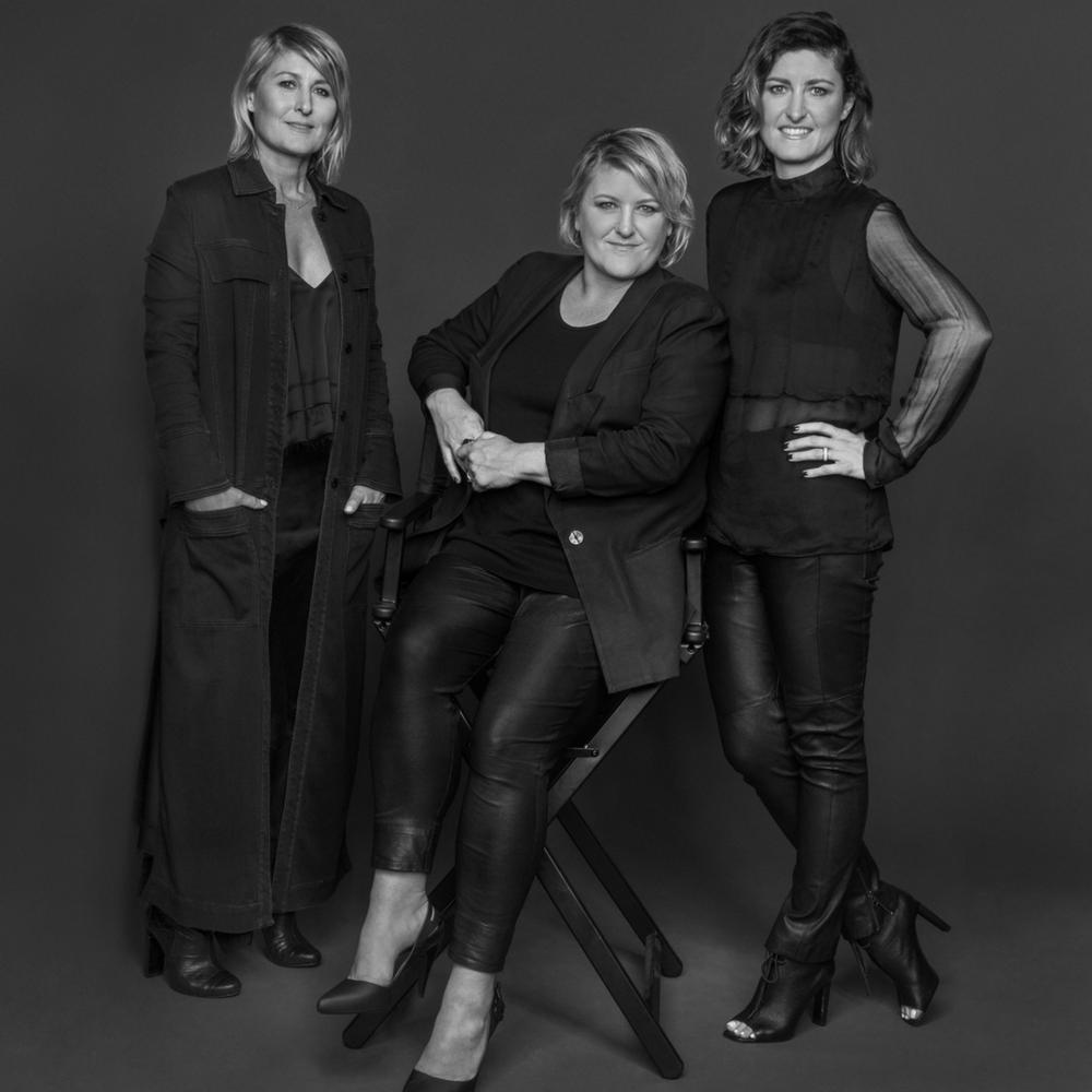 MANNING CARTELL - Cheryl, Vanessa and Gabrielle Manning