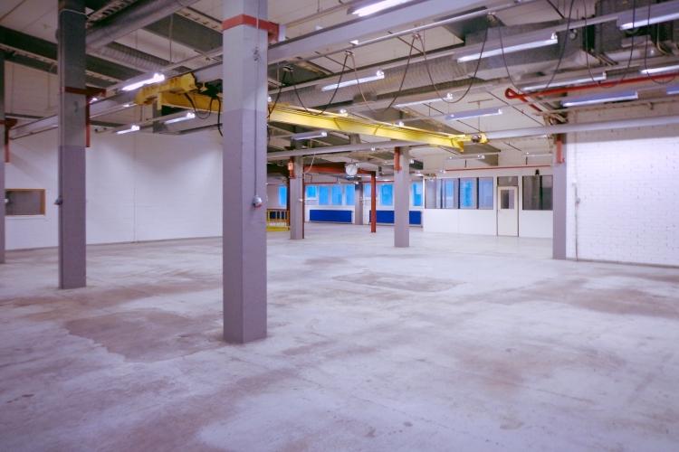 Toimitilanne Suomi, Nurmijärvi - Klaukkala, Lahnuksentie 215. Tuotanto- tai varastotila 534 m².