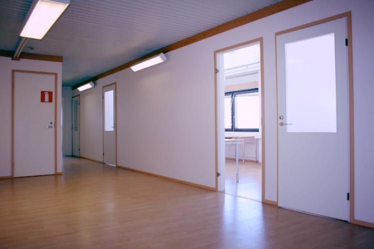 Toimitilanne Suomi, Järvenpää, Minkkikatu 1-3. Toimistotila 125 m².
