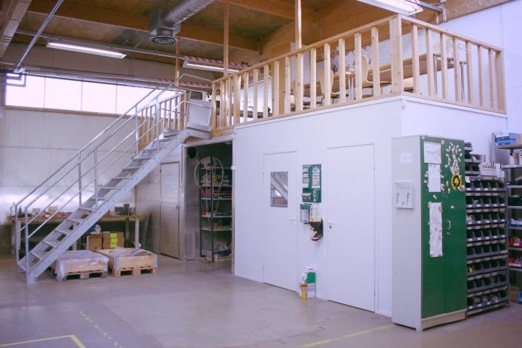 Toimitilanne Suomi, Järvenpää,  Minkkikatu 1-3. Tuotanto- tai varastotila 600 m².