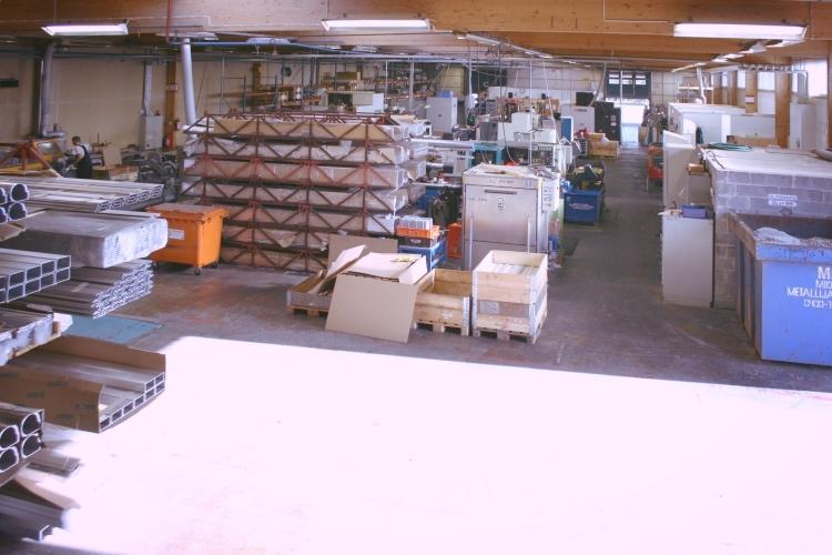 Toimitilanne Suomi, Järvenpää,  Minkkikatu 1-3. Tuotanto- tai varastotila 1320 m².