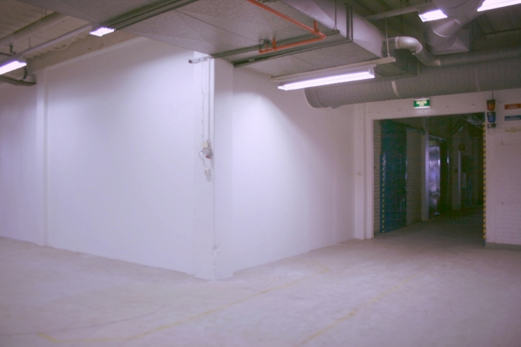 Toimitilanne Suomi, Nurmijärvi - Klaukkala, Lahnuksentie 215. Tuotanto- tai varastotila 100 m².