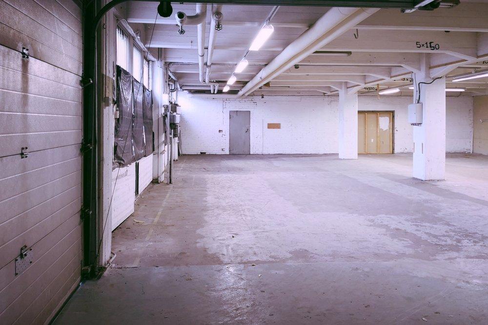 Toimitilanne Suomi, Helsinki - Suutarila, Valokaari 10. Tuotanto- tai varastotila 134 m².