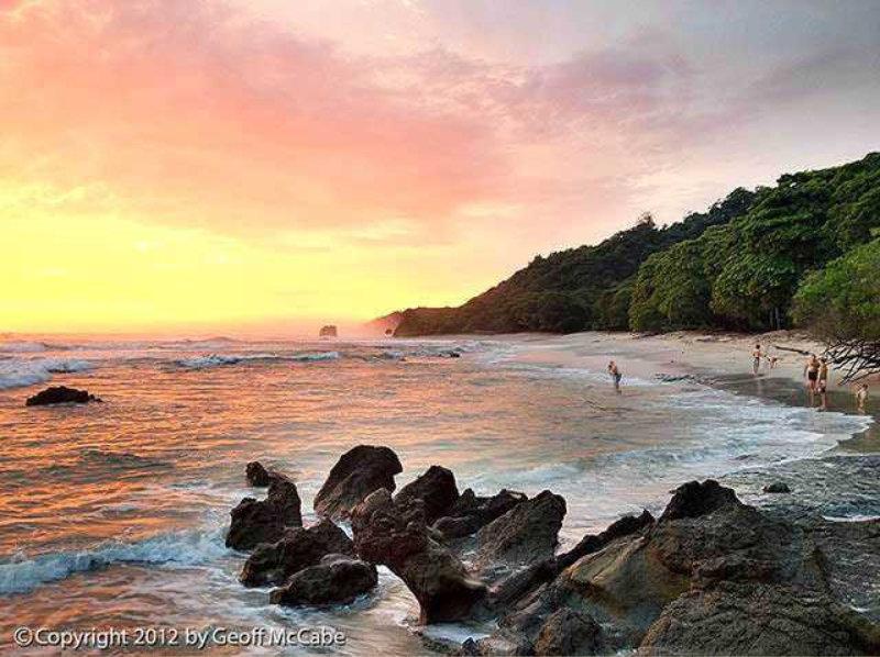 La-Lora-Beach.jpg