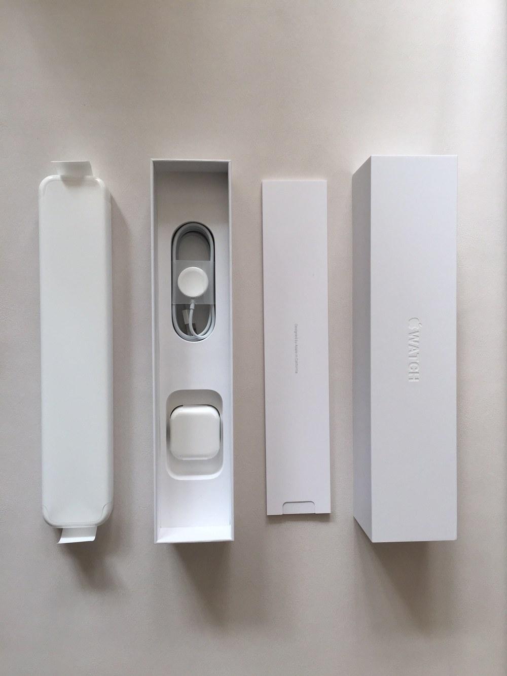 White-Apple-Sport-Watch-Unboxing-1.jpg