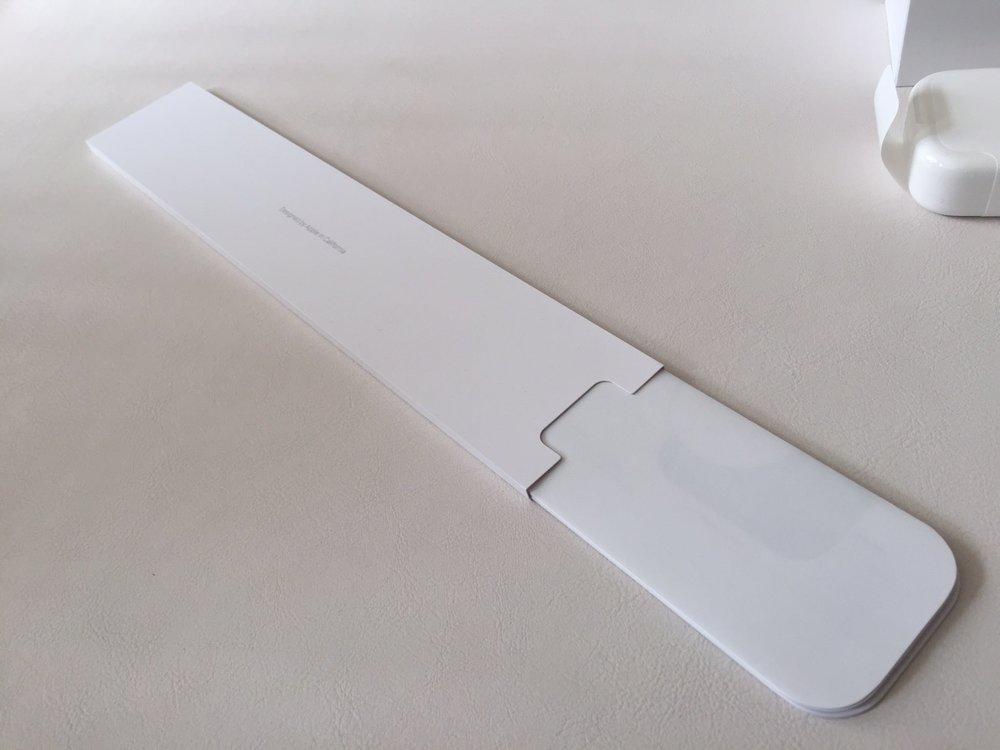 White-Apple-Sport-Watch-Unboxing-3.jpg