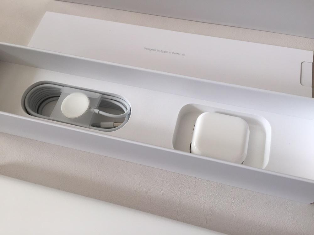 Apple-Watch-Unboxing-Part-2.jpg