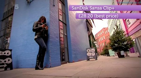 Gadget Show Suzi Perry iPhone 4s v SanDisk Sansa Clip