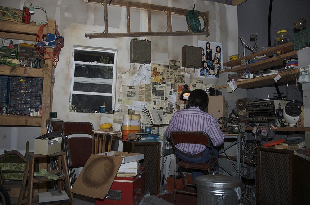 Steve-Jobs-Garage.jpg