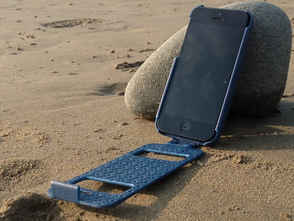 Noreve Iphone 5 Indigo On Rock 2