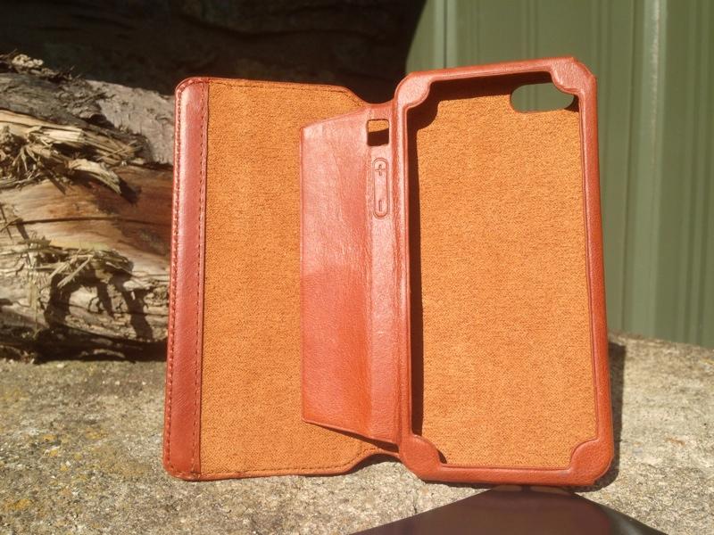 Kavaj Leather Dallas Case Open
