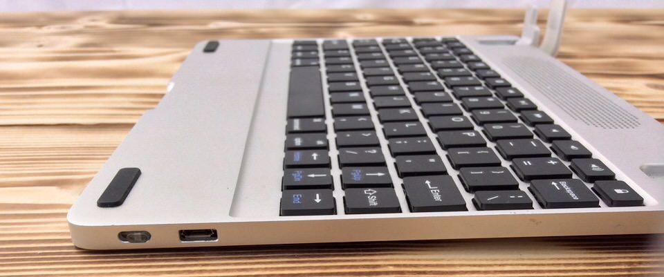 Brydge Keyboard USB And Power-1