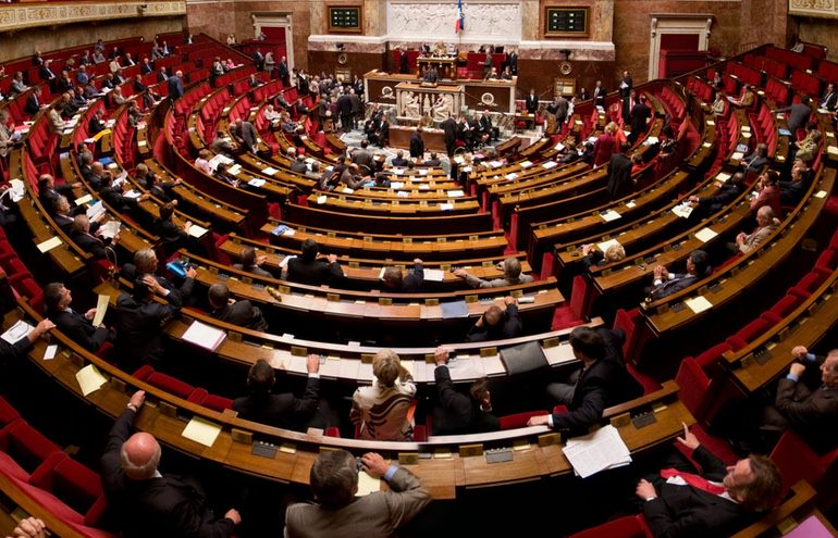 France-Passes-Privacy-Bill.jpg