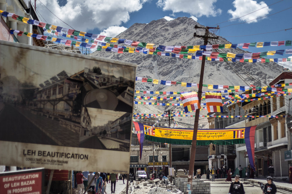 The construction in Leh has sprawled to an extent that people in this town wear masks to avoid the dust. Around Leh, roads are being constructed to connect the remotest cornersof Ladakh to its economic capital.