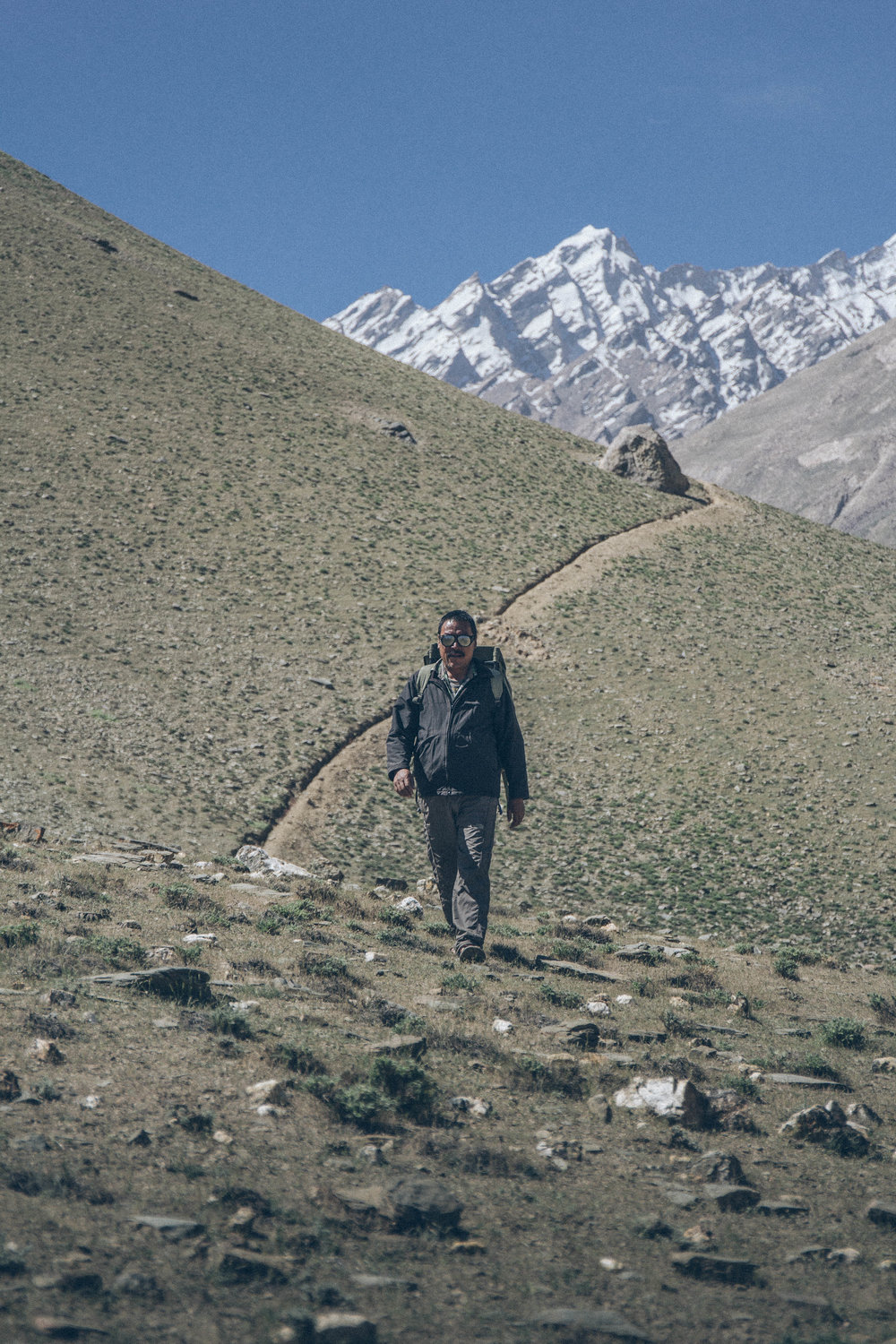 Yountan   Gyatso, the last walking mail runner in the World.