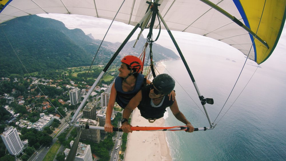 Hang-gliding into 25 over Rio