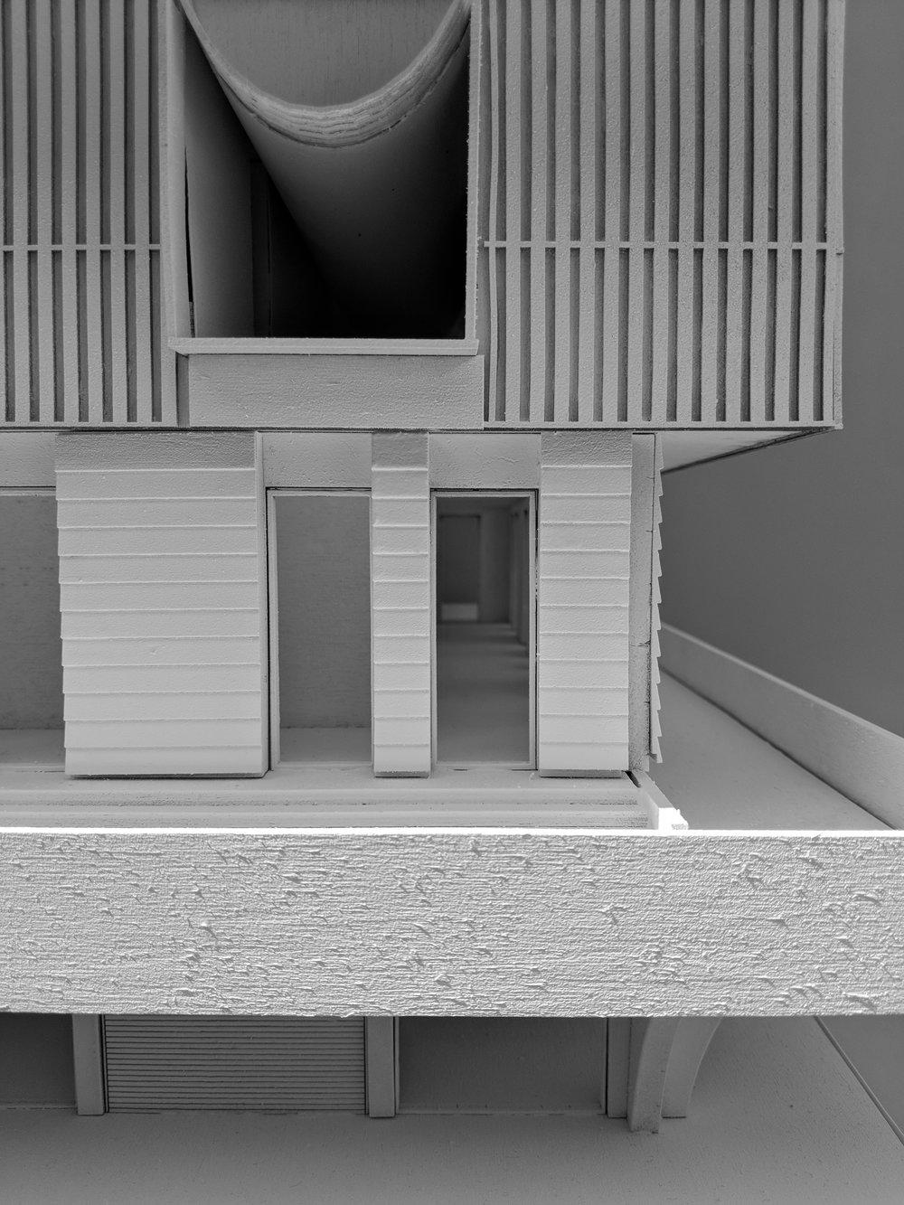 model-detail-2