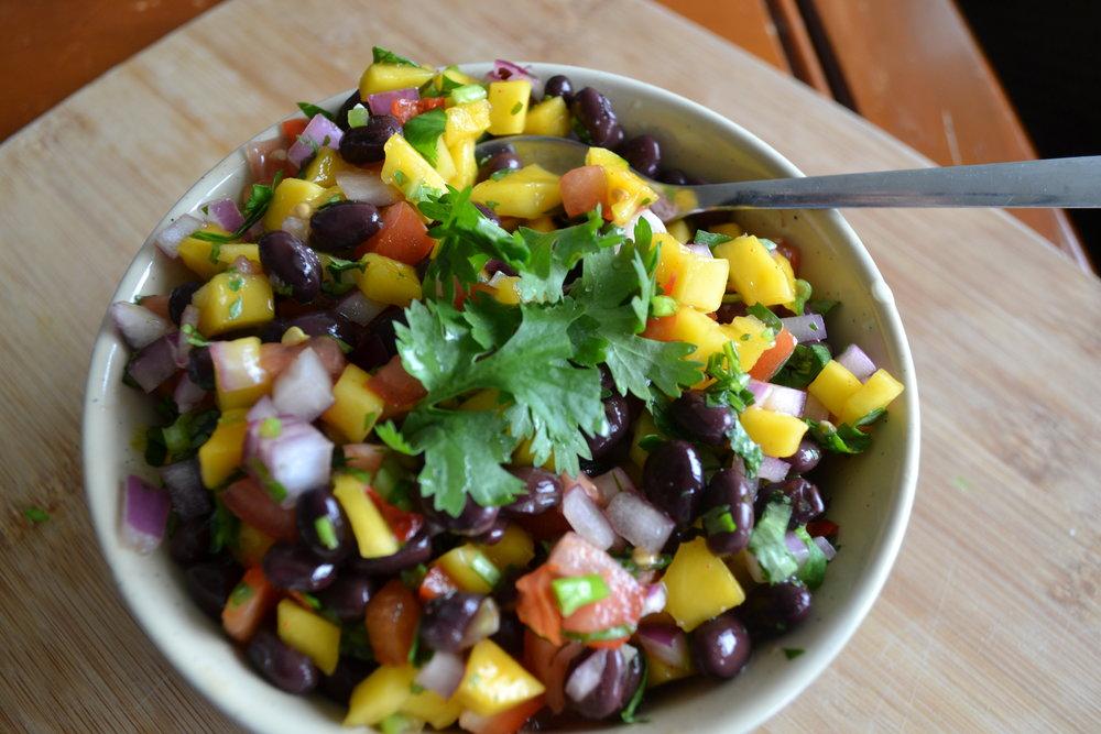 Eat to Thrive Nutrition - Sara Binder, RHN