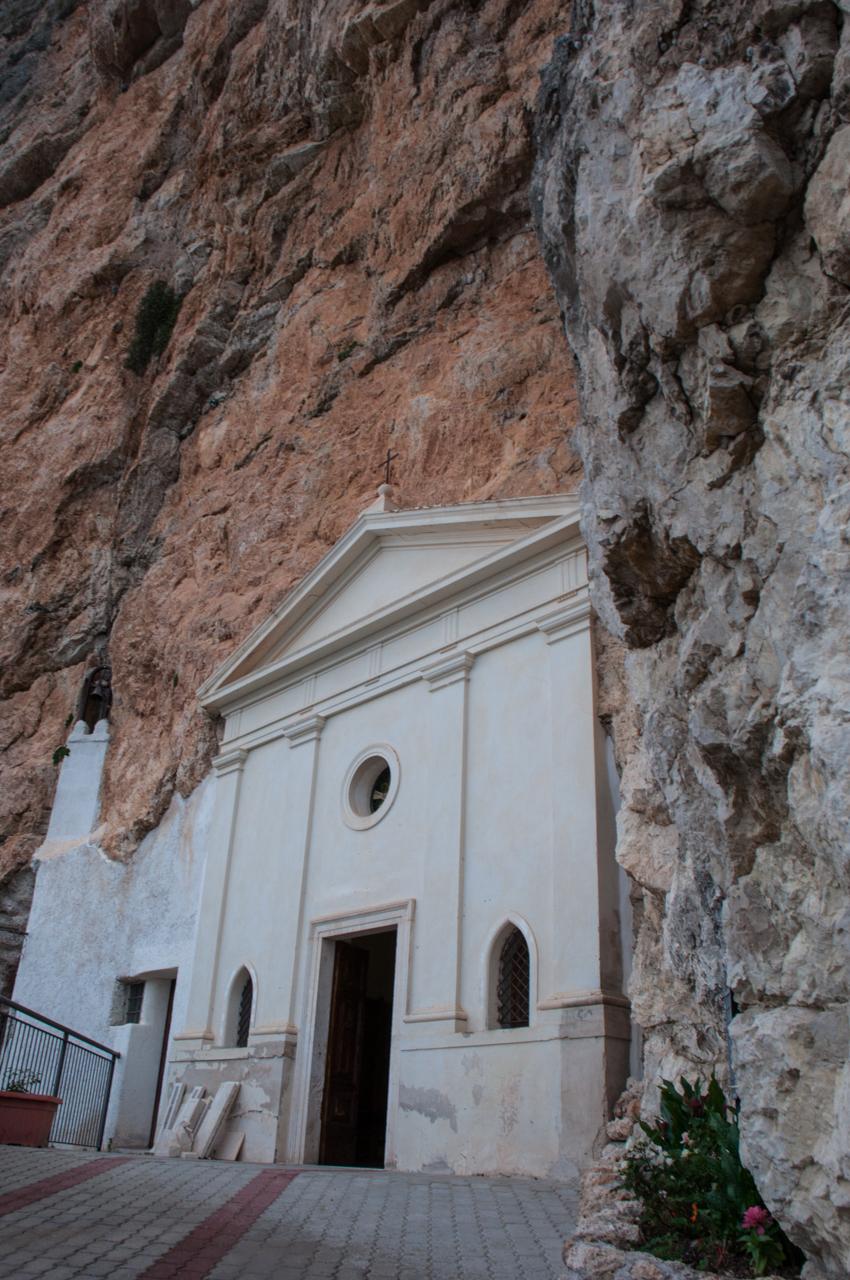 Escursione Santuario SS. Trinità-7.jpg