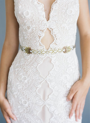 Hushed+Commotion,+Jen+Huang+2017,+Paloma,+belt+with+ombre+beading+in+ivory,+gold+and+rose+gold,+lace+gown+2.jpg