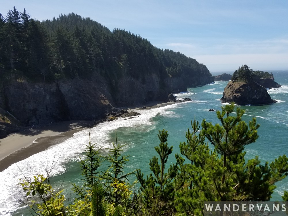 vanlife-rv-campervan-rent-idaho-sun-valley-boise-wandervans-wanderlust-skiing-snowboard-biking-hiking-outsidevan-Wandervans-oregon-redwoods-coast