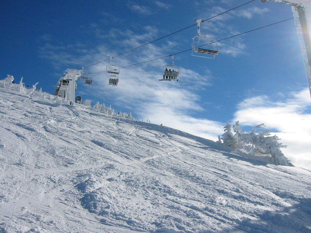 vanlife-rv-campervan-rental-idaho-sun-valley-boise-wandervans-wanderlust-grand-targee-skiing