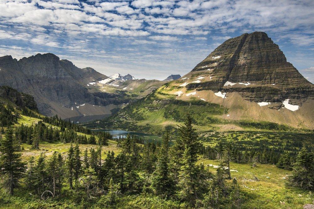 landscape-2268775_1920.jpg