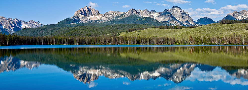 Web-Sawtooths-Ltl-Redfish-Lake-Spring.jpg