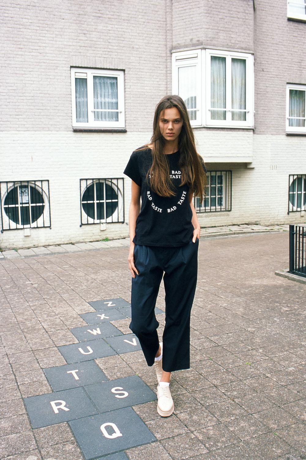 Roll 03-0020-Amsterdam-Ilse Tuit-FujiProvia-Edit.jpg