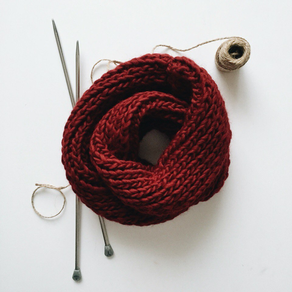 Red Scarf-snood