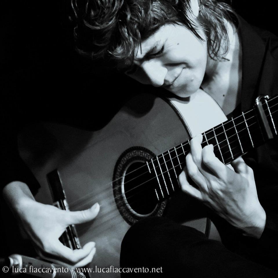 ANTONIA JIMENEZ - TOQUE / GUITARRA