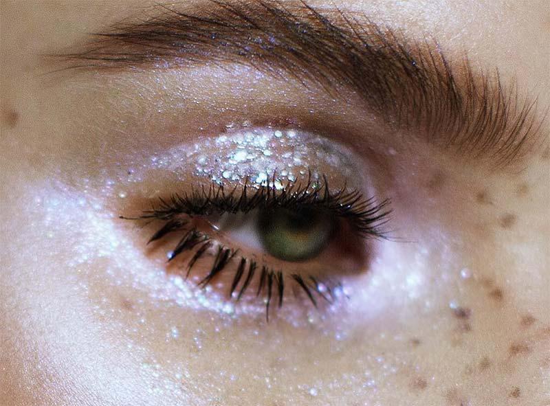 glitter eyeshadow.jpg