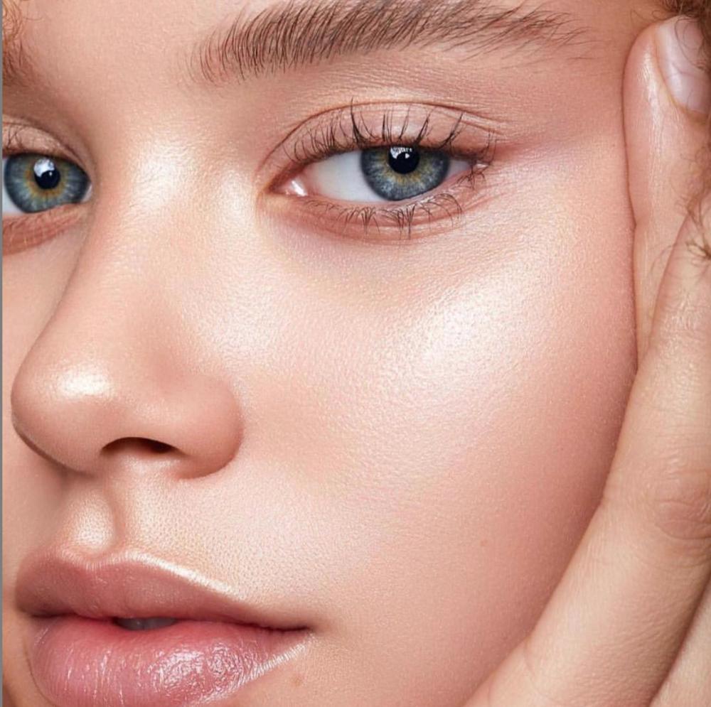 Image by Natascha Lindemann, makeup by Christian Tesch