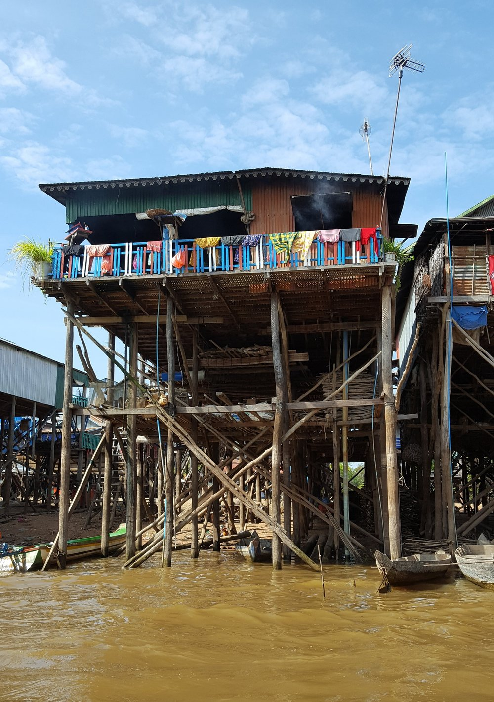 House at Kompong Khleang floating village