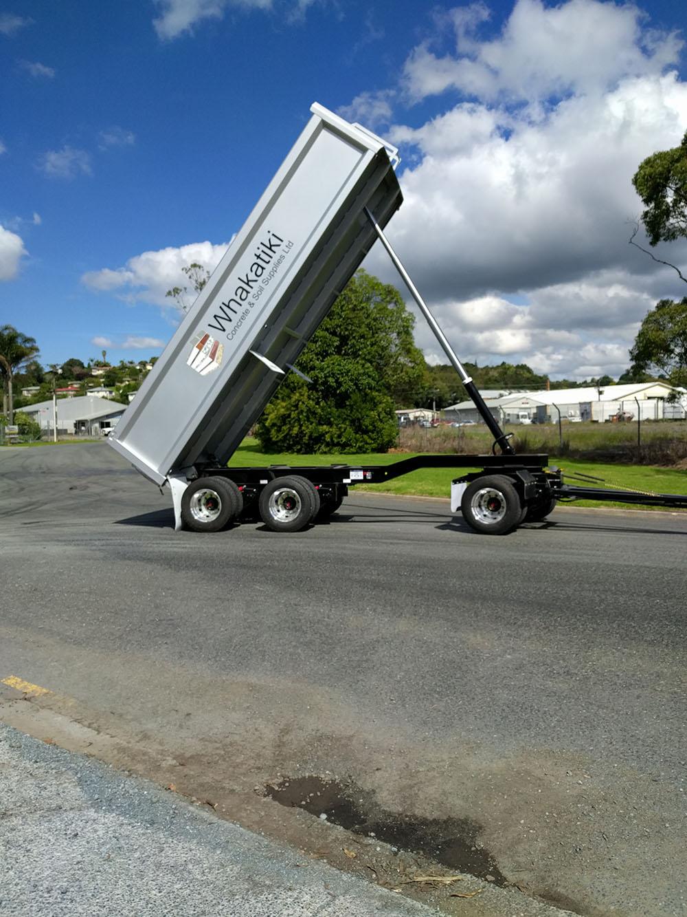 3 axle trailer.jpg