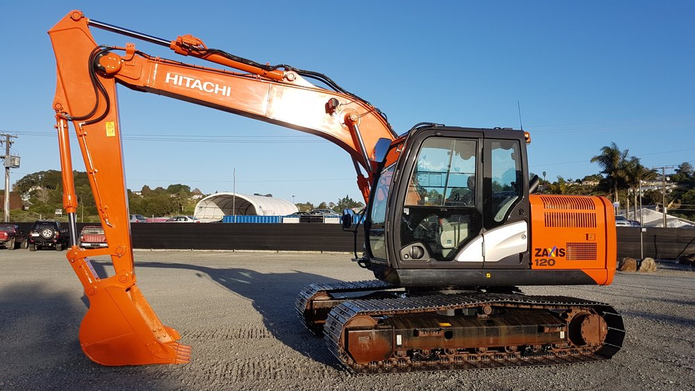 2014 Hitachi ZX120-5B fitted with piping - only 1100 hrs!