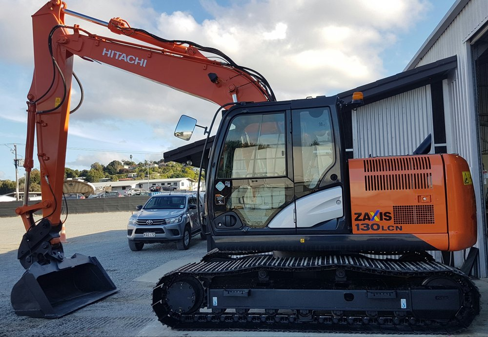 2015 Hitachi ZX130LCN-5B fitted w/ Tilt Bucket - only 2600 hours!
