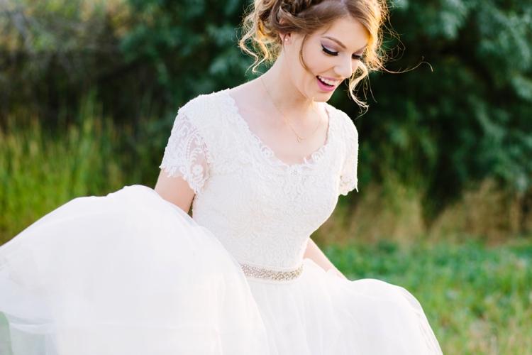 Laura_015_Bridals