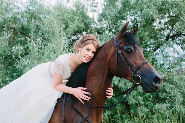Laura_017_Bridals