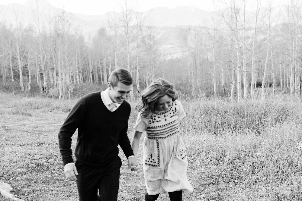 greenapplephotography_0044_utahengagement_mountains.jpg